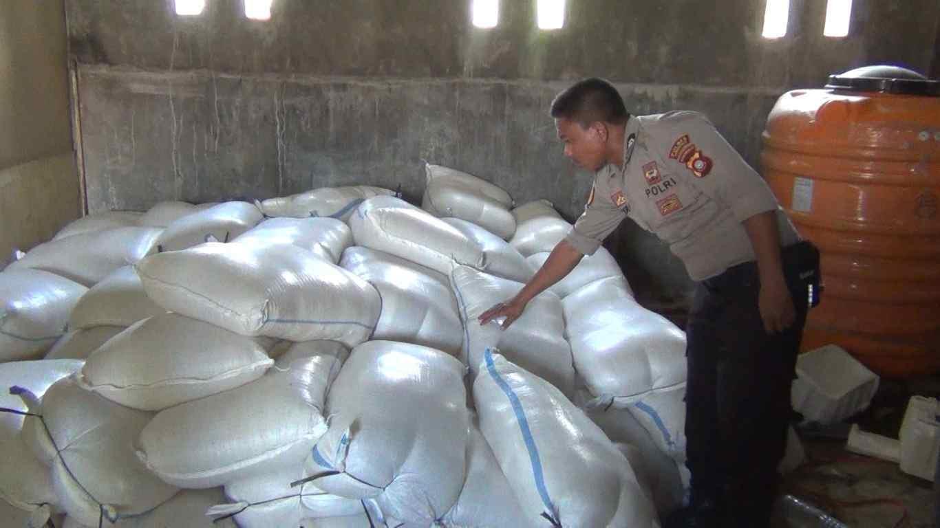 Sat Narkoba Polres Gorontalo berhasil menggagalkan miras jenis cap tikus