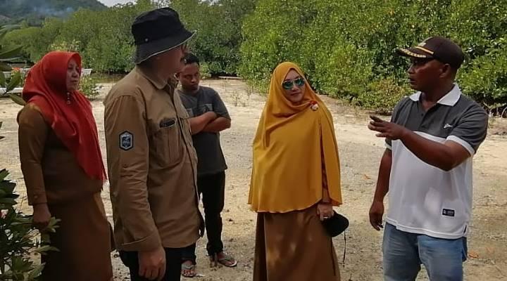Dinas Kelautan dan Perikanan Provinsi Gorontalo, melakukan peninjauan di lokasi wisata Pantai Ratu, Kabupaten Boalemo