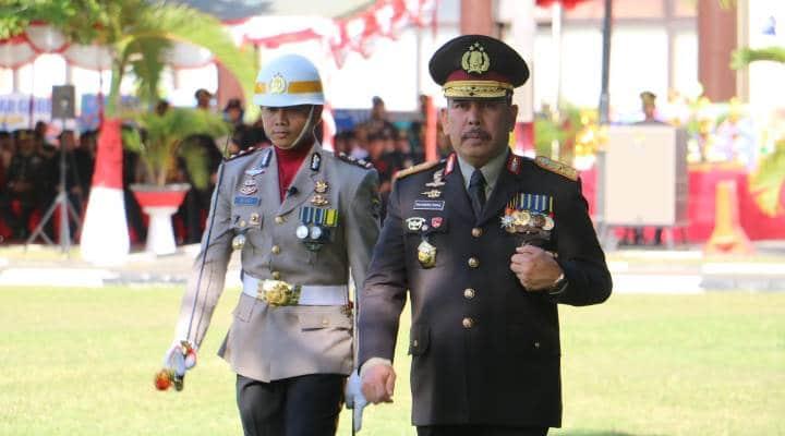 Kapolda Gorontalo Brigjen Pol Rachmad Fudail, selaku pembina Upacara HUT Bhyangkara ke 73