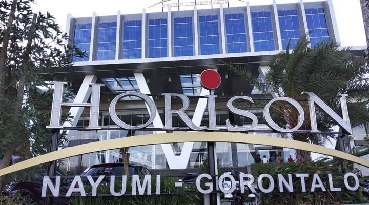 Hotel Horison Nayumi Gorontalo yang terletak di Jl. Manggis nomor 88 Kelurahan Libuo, Kecamatan Dungingi, Kota Gorontalo.