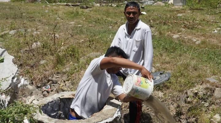 Warga yang berada di Kabupaten Gorontalo, mengalami krisis air bersih