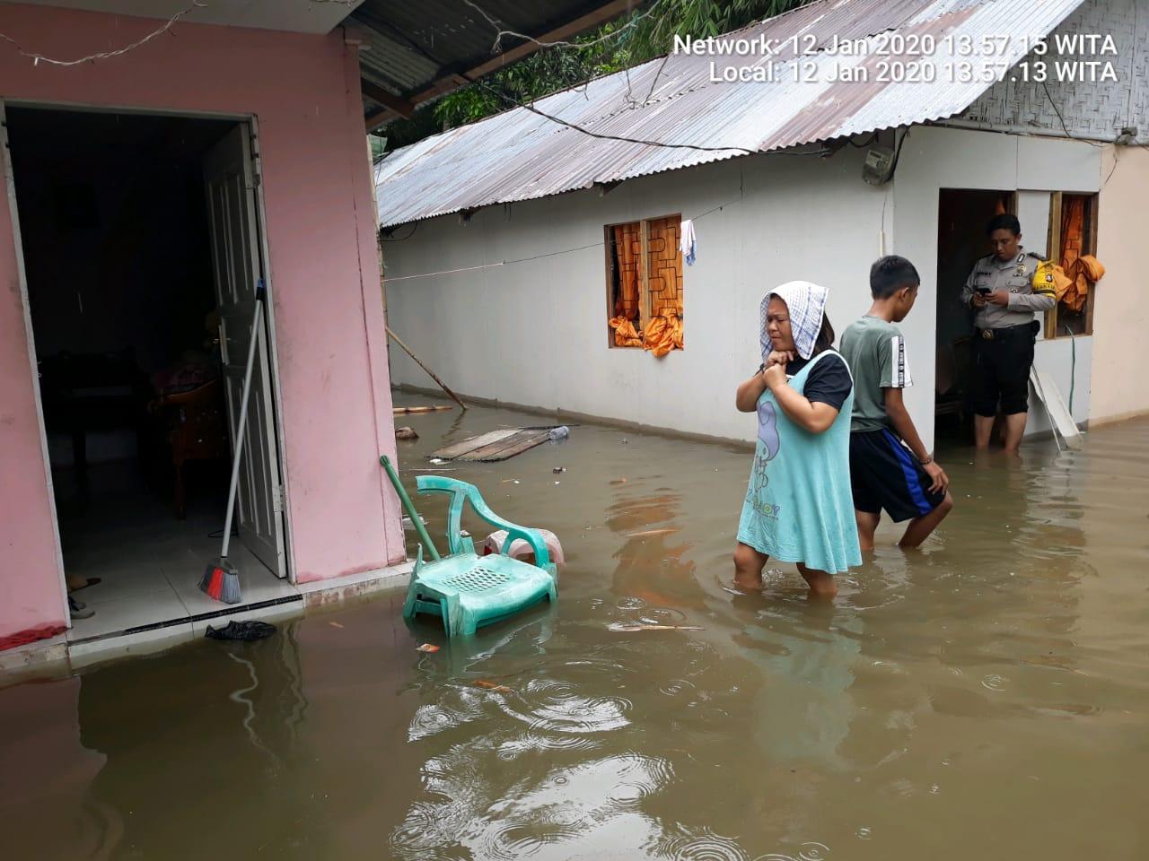 Tampak rumah warga yang terkena banjir berada di wilayah Kec. Kota Timur, Kota Gorontalo.
