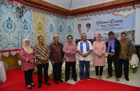Bicara Potensi Alam, Gubernur Rusli Juga Titip Warga Gorontalo