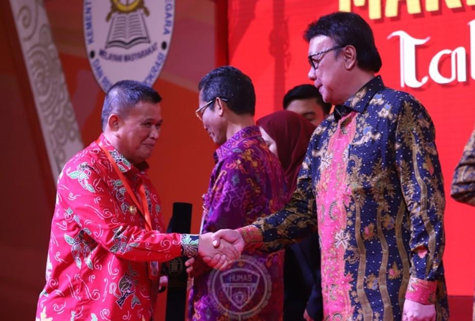Prestasi Kerja Meningkat, Pemprov Gorontalo Raih SAKIP Award