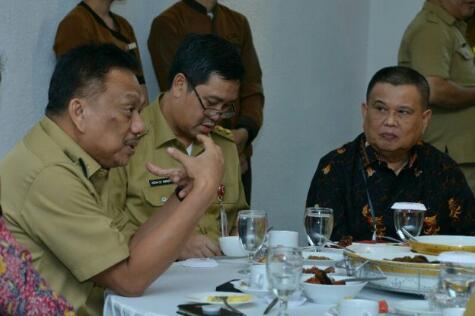 Meningkatkan Kinerja Bank, Wagub Dorong BSG Gorontalo Jadi Cabang Utama