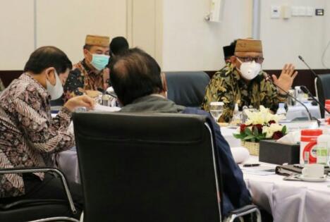 Suasana pertemuan Gubernur Gorontalo Rusli Habibie dengan Menteri PPN/Bappenas, di Jakarta beberapa waktu lalu. (Foto : dok. Humas)