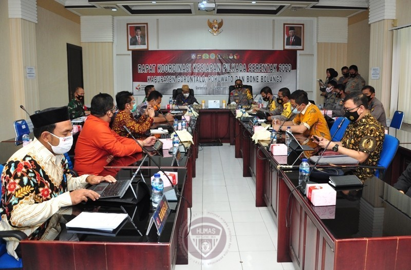 Suasana rakor persiapan pengamanan Pilkada Serentak tahun 2020 yang berlangsung di Mapolda Gorontalo, Jumat (4/9/2020). (Foto : Haris – Humas)