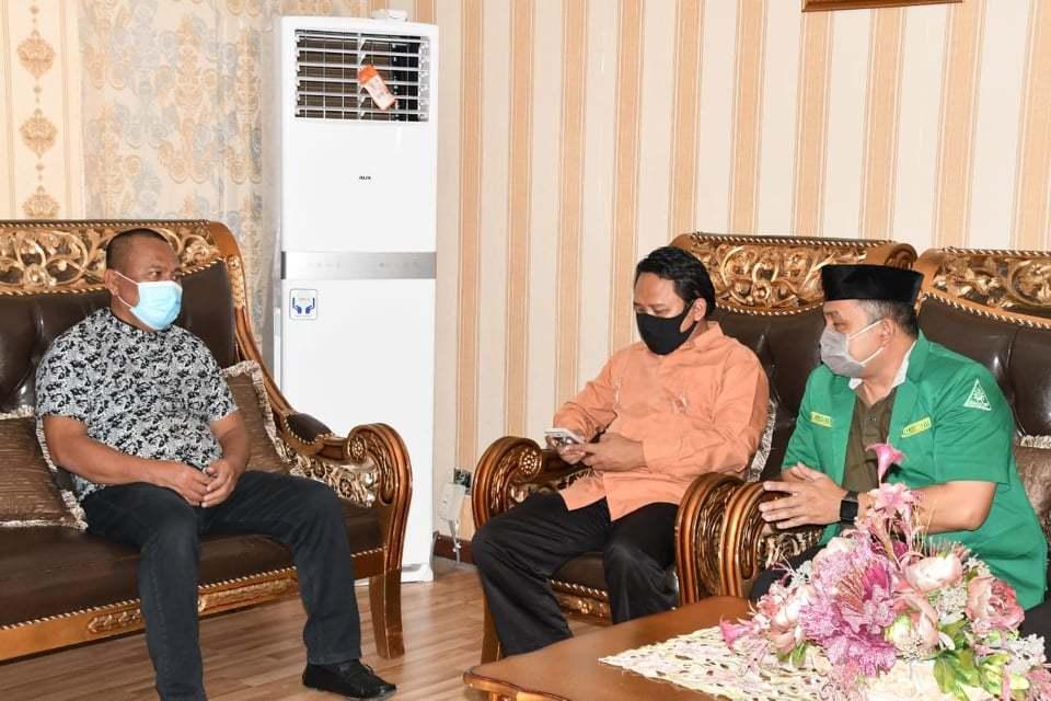 Sekretaris Daerah Kabupaten Gorontalo Utara (Gorut) Ridwan Yasin menerima kunjungan dari Pengurus Gerakan Pemuda Ansor (GP Ansor)