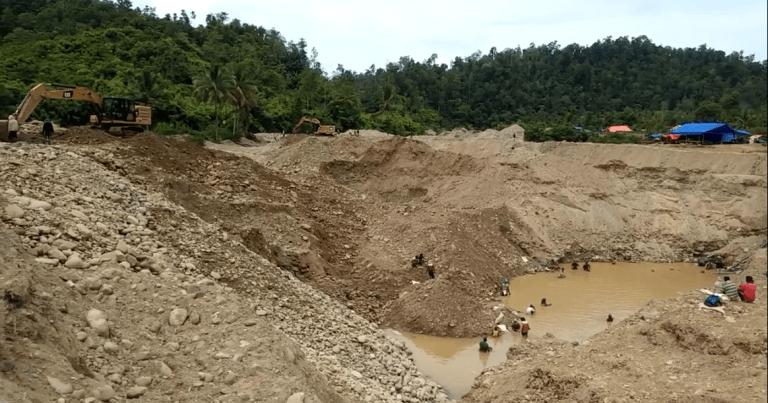 Potongan gambar dari video yang diduga adalah aktifitas tambang ilegal di Gunung Pani, Kabupaten Pohuwato