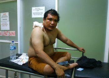 Moh. Taufik Zulfikar Sarson (korban,red) Saat menjalani perawatan di RS Multazam, Kota Gorontalo, Senin (30/11)