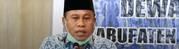 Sekretaris Daerah Gorontalo Utara, Ridwan Yasin, Memberikan Sambutan Pada Rapat Kerja Dewan Pengurus KORPRI Kabupaten Gorontalo Utara, Selasa (03/11/2020)