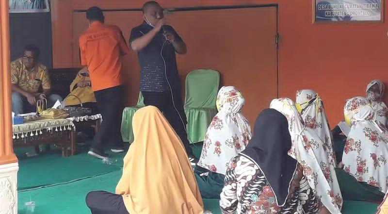Pasangan Nelson-Hendra saat berkampanye di Desa Buhu, Kecamatan Tibawa, Kabupaten Gorontalo, Jumat (20/11/2020)