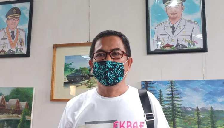 Kepala Dinas Pariwisata, Kepemudaan dan Pelatihan Kota Gorontalo, Effenfy S.J Rauf Diwawancarai Saat Pagelaran Ekonomi Kreatif, Jumat (20/11/2020).