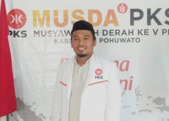 Mukhlis Podilito ketua terpilih Ketua DPD PKS Pohuwato.