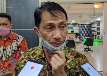 Bupati Nelson,saat diwawancarai  di Ruang Madani Kantor Bupati Gorontalo, Selasa (29/12/2020)