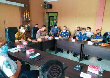 Suasana rapat Penyelenggaraan Angkutan Natal dan Tahun Baru di Kantor Dinas Perhuhungan Provinsi Gorontalo, Jumat (18/12/2020).