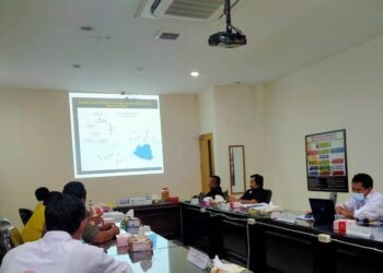 Rapat kerja Komisi III DPRD Provinsi Gorontalo bersama Balai Wilayah Sungai (BWS) Sulawesi II untuk membahas pengerjaan proyek penanganan Danau Limboto. (Foto: Aan)