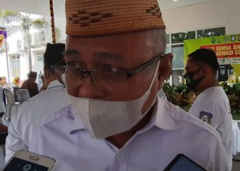 Wakil Ketua DPRD,Sofyan Puhi