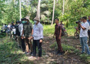 Bupati Hamim Pou bersama jajaran saat meninjau langsung Dusun Gindapi/ProsesnewsID