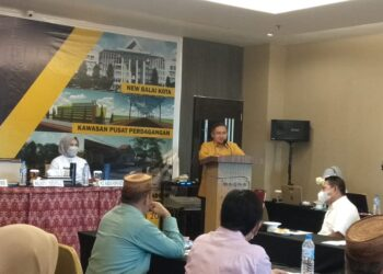 Walikota Gorontalo,Marten Taha saat membrikan sambutan pada kegiatan rakernis. Foto: Reza Saad