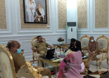 Wali Kota Gorontalo bersama jajaran