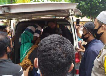 Evakuasi terhadap korban