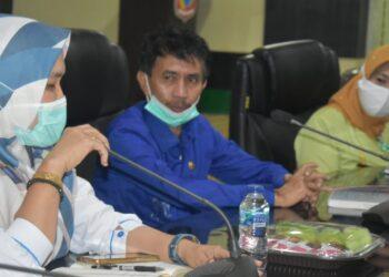 Plt Wakil Bupati Gorontalo, Herman Walangadi, saat pertemuan bersama jajaran Balai Wilayah Sungai (BWS) Provinsi Gorontalo. Kamis, (28/01/2021). (Foto : Istimewa).