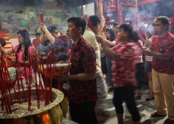 Penyebutan istilah China menjadi Tionghoa/Tiongkok atau sebaliknya berubah seiring keputusan politik rezim. Ilustrasi (CNN Indonesia/Safir Makki).