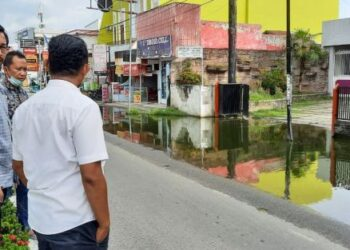 Erwin Ismail langsung bergerak cepat. Dengan sigapnya Ia langsung menghubungi pihak balai untuk segera mengatasi permasalahan tersebut