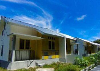 Tampak 25 rumah bantuan dari PUPR Tahun 2019, di Desa Bumbulan, Kecamatan Paguat, Kabupaten Pohuwato, belum berpenghuni. (Foto : Istimewa).