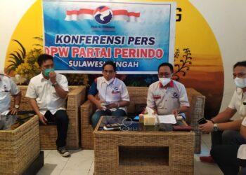 DPW Perindo Sulteng, saat Konferensi Pers. Jum'at, (05/02/2021). (Foto : Istimewa).
