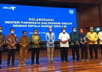 Plt Bupati Boalemo Anas Jusuf bersama Gubernur Gorontalo dan BupatiWalikota se Gorontalo menemui Menparekraf RI, Sandiaga Uno, di Gedung Santa Persona Kemenparekraf RI, Jakarta, Kamis (18/02/2021).( Foto : Newsnesia.id)