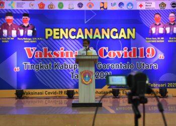 Bupati Gorut, Indra Yasin saat sambutan pencanangan Vaksinasi Covid-19 di Gorut. Rabu, (03/02/2021). (Foto : Istimewa).