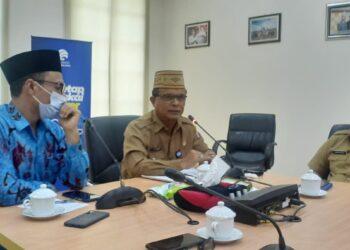 Anggota DPD RI saat beekunjung Di Kabupaten Bonebol. (Foto istimewa)