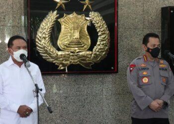 Menteri Pemuda dan Olahraga (Menpora) Zainudin Amali menyambangi Kapolri Jenderal Listyo Sigit Prabowo di Mabes Polri, Jakarta.