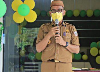 Syarif Mbuinga saat memberikan sambutan di Peresmian Rumah Sakit Pratama Gorontalo Barat, Kecamatan Lemito. (Foto : Humas).