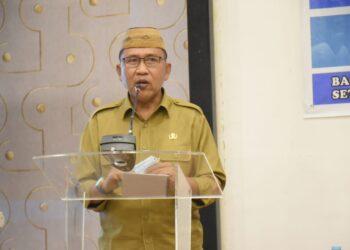 Anas Jusuf, saat membuka Workshop e-monep yang dilaksanakan di Hotel Grand Q, Kota Gorontalo, Senin, (15/02/2021). (foto : hms).