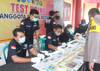 Bersama BNN Kabupaten Blitar, Jawa Timur, 176 anggota Polres Blitar di tes urine.(Foto : Istimewa).