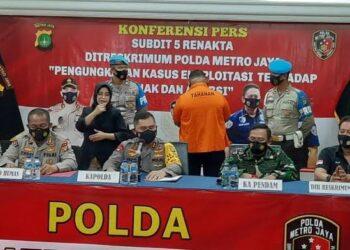 Kapolda Metro Jaya, Irjen Pol Fadli Irawan saat konfrensi pers.(Foto : detiknews).