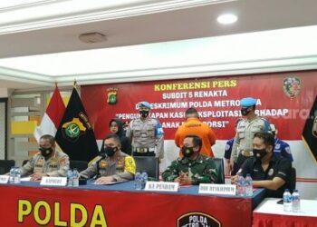Kapolda Metro Jaya, Irjen Pol Fadil Imran saat menggelar Konferensi Pers, atas penembakan di Cafe Wilayah Cengkareng.(Foto : Ayojakarta).