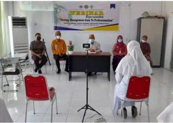 webinar keperawatan dengan tema 'Nursing Management Goes to Professionalism', di RSUD Ainun Habibie yang dibuka Sekdaprov Darda Daraba, Kamis