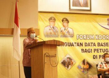 Sekretaris Daerah Provinsi Gorontalo Darda Daraba saat memberikan sambutan pada forum koordinasi dan fasilitasi penguatan data base irigasi di Hotel Maqna, Kota Gorontalo, Kamis (25/3/2020). (Foto: Nova-Kominfo)