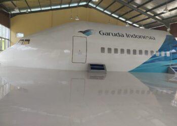 Pesawat Replika
