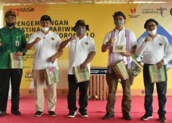 Wakil Bupati Kabupaten Gorontalo, Hendra Hemeto, ketika menghadiri kegiatan pengembangan Destinasi Pariwisata di DTW Provinsi Provinsi Gorontalo. (Foto : Istimewa)