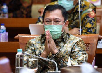 Mantan Menteri Kesehatan Terawan Agus Putranto berbicara tentang vaksin Nusantara dengan Komisi IX DPR di Kompleks Parlemen, Senayan, Jakarta. ANTARA FOTO/Sigid Kurniawan