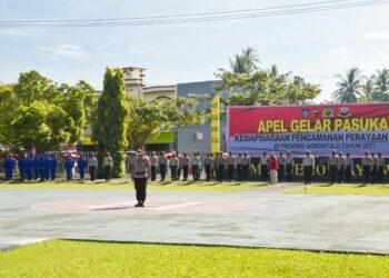 Suasana Apel gelar pasukan di lapangan upacara Polda Gorontalo, Kamis (1/4/2021). (Foto: Humas – Polda)