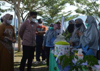 Bupati Bone Bolango (Bonebol) Hamim Pou menghadiri kampanye mobile germas dan launching inovasi program Puskesmas Toto Utara.