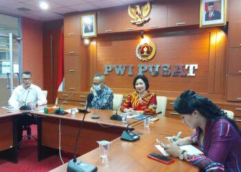 """Webinar Forum PWI Jaya Series  """"Mengoptimalkan Manfaat FABA untuk Pembangunan Ekonomi. (Foto : Istimewa)"""