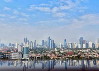 Jajaran gedung perkantoran di Jakarta. Subsektor properti perkantoran termasuk yang paling tertekan sepanjang pandemi Covid-19. Meski demikian, ternyata realisasi investasinya sepanjang 3 bulan pertama 2021 termasuk yang mendominasi./Bisnis - Abdurachman