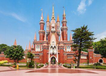 Istana anak di TMII, Jakarta(saiko3p / Shutterstock.com)